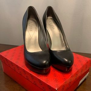 Guess Black Leather Platform Pumps